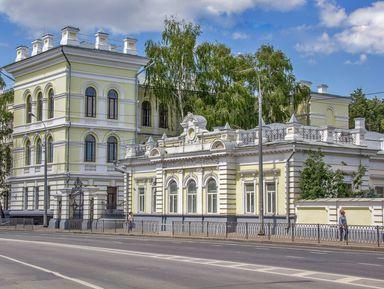 Площадь Свободы и Красная слобода: Казань парадная и душевная