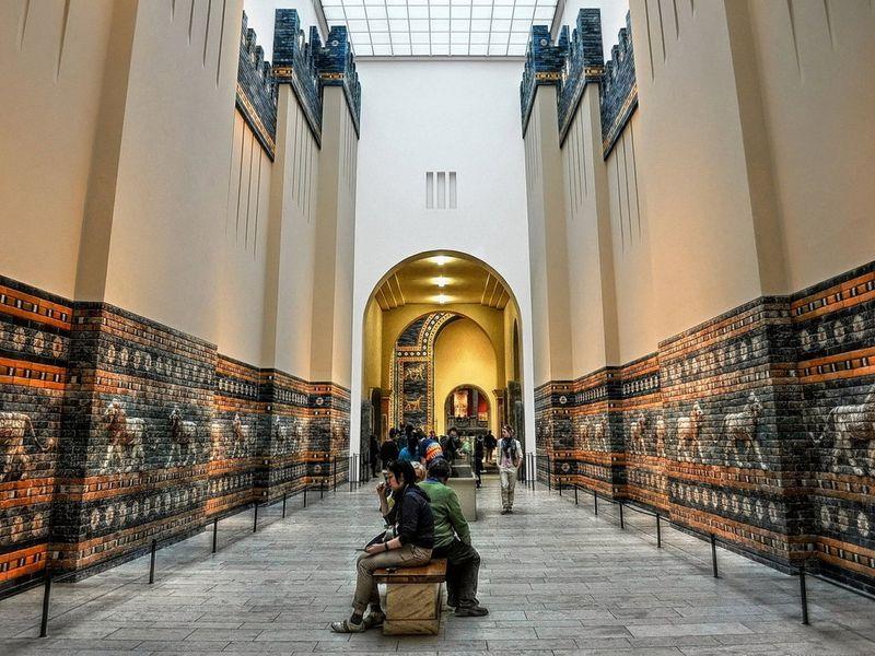 Экскурсия Пергамский музей. Истории самых необычных экспонатов мира