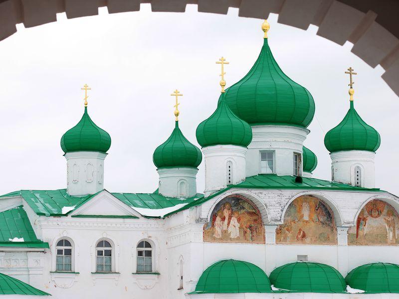 Экскурсия ИзПетербурга— вАлександро-Свирский монастырь