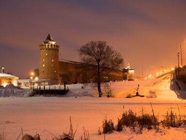 Коломенский кремль под покровом ночи