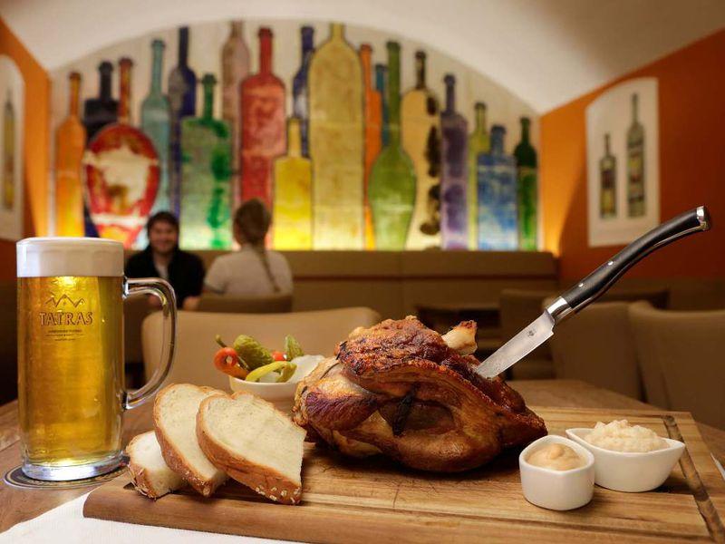 Экскурсия Братислава со вкусом пива и жареного мяса