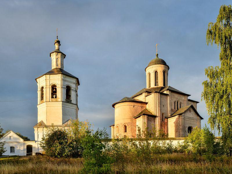 Экскурсия Шедевры древнерусского зодчества в Смоленске