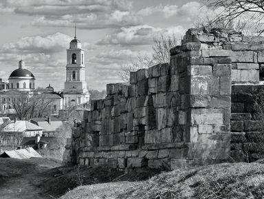 Старинные крепости ихрамы Серпухова