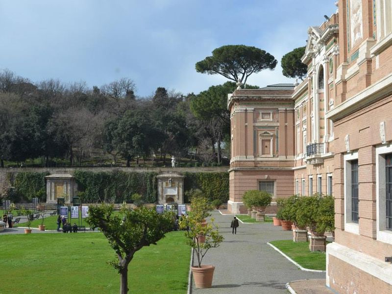 Фото Музеи Ватикана — история шедевров и «зеркало» эпох