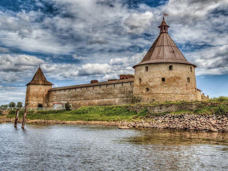 Экскурсия Шлиссельбург, крепость Орешек имузей «Дорога жизни»