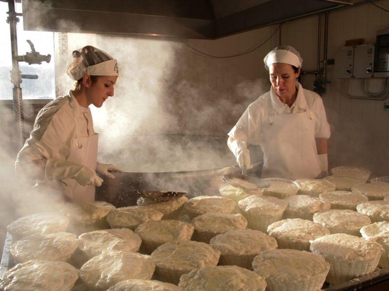 Экскурсия Сыр и вино в живописном Сан-Джиминьяно