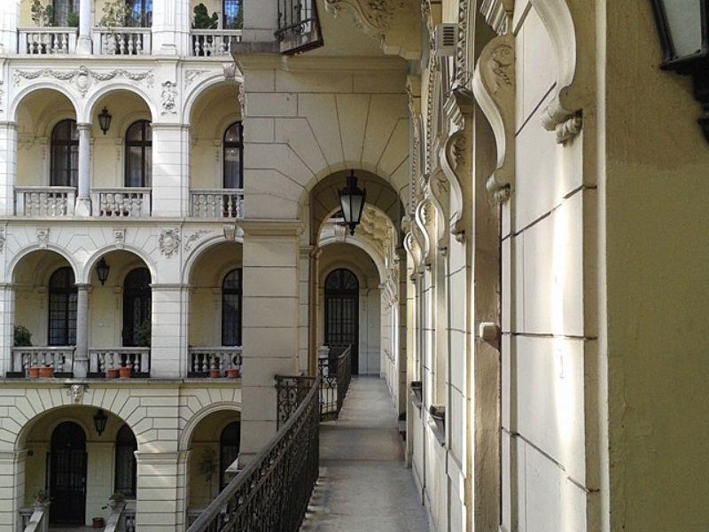 Экскурсия Дворы Будапешта: тайная жизнь города