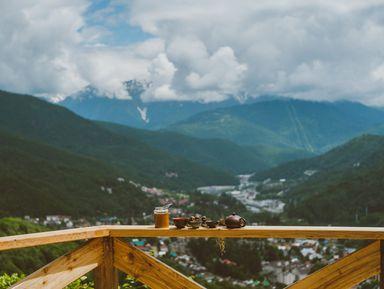 Красная Поляна как на ладони: легкий треккинг на гору Монашка