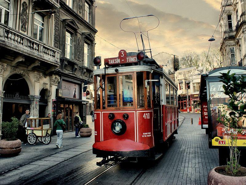 Экскурсия Константинополь— последам белой эмиграции