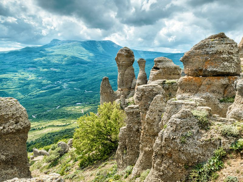 Экскурсия Долина привидений Демерджи — просто фантастика!