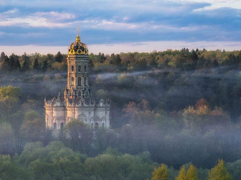 Усадьба Дубровицы ицерковь Знамения вПодольске