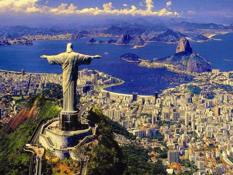 Экскурсия Ксимволу Рио через леса ифавелы
