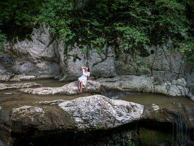 Утренний фото-поход к Агурским водопадам