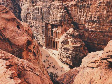 Иордания и древняя Петра: групповая экскурсия
