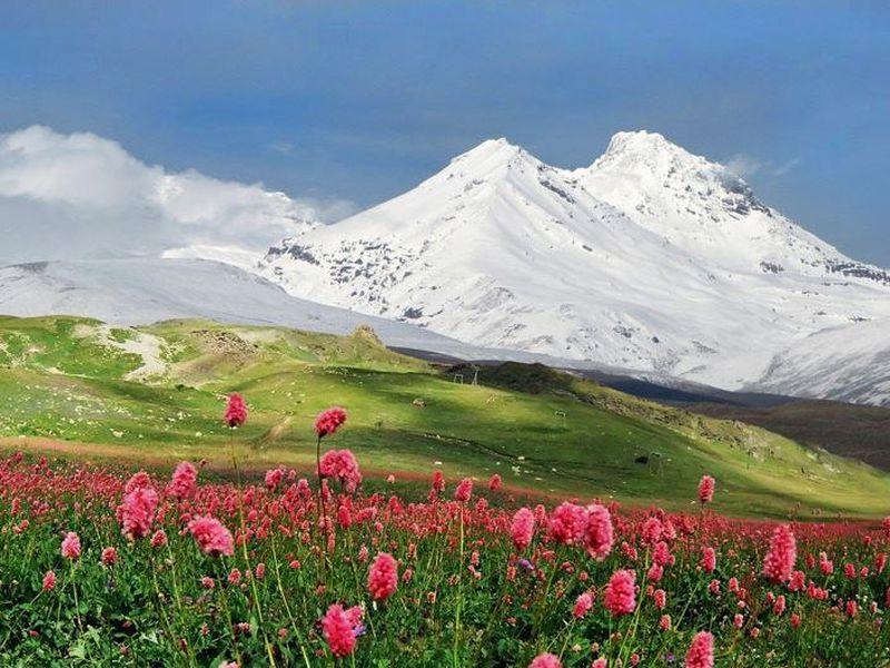 Экскурсия Ледяная поляна Азау и озеро Гижгит