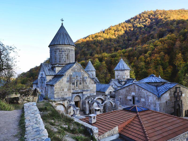 Экскурсия Курортный Дилижан и озеро Севан: путешествие из Гюмри