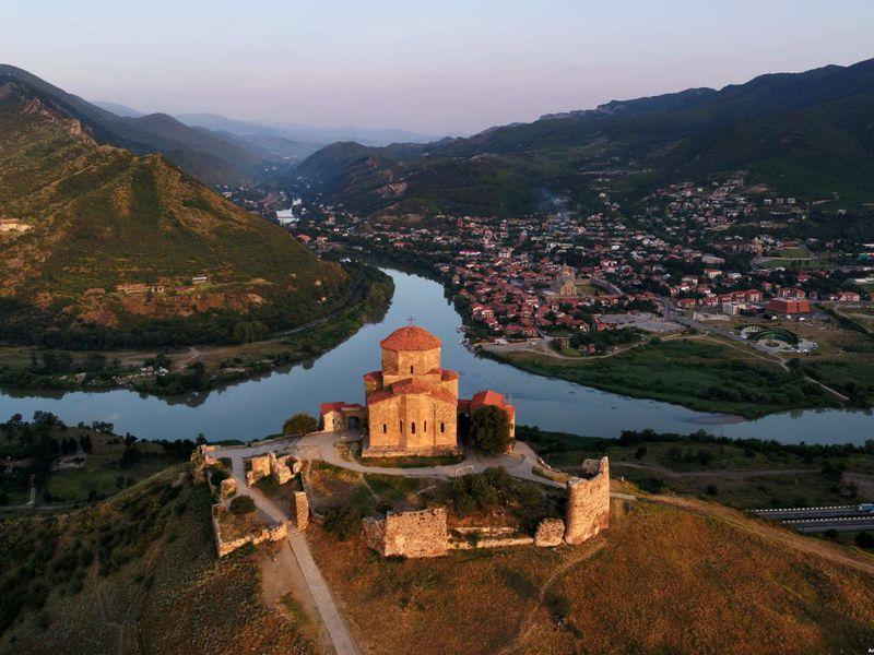 Экскурсия Святыни Мцхеты итбилисские дворики