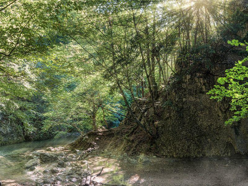 Красивейший треккинг по Большому каньону Крыма width=