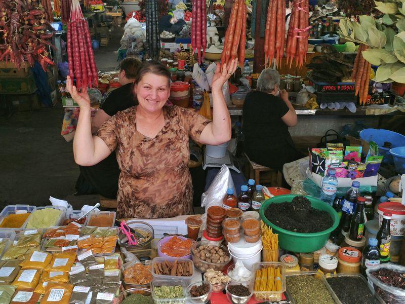 Экскурсия Пойдем набазар загрузинскими вкусностями!