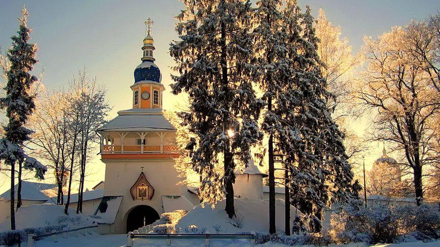 Русь стародавняя: Изборск и Псково-Печерский монастырь