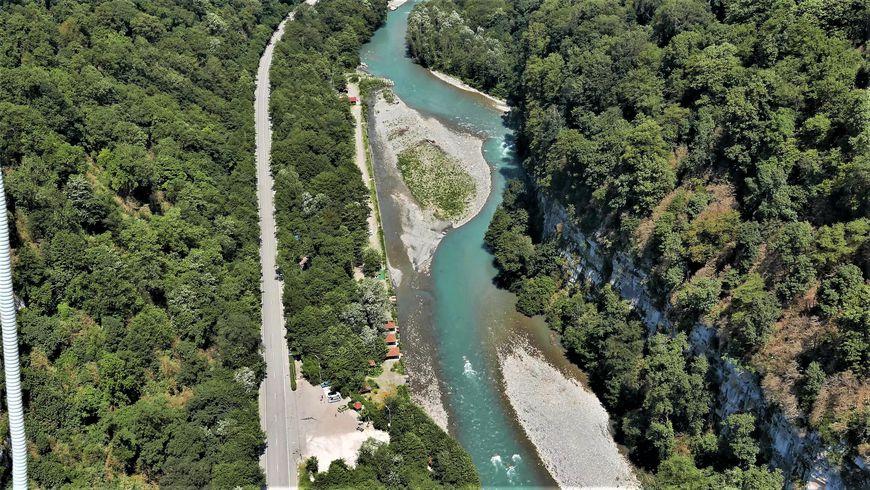 Чудеса долины реки Мзымта
