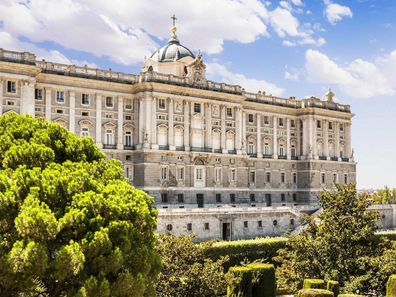 Экскурсия Прогулка по эпохам Мадрида