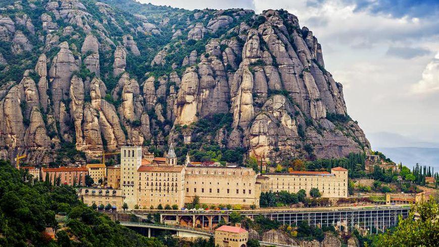 Монтсеррат— вгоры кглавной покровительнице Каталонии