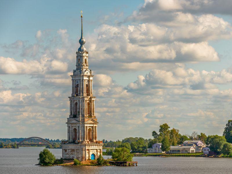 Экскурсия ИзМосквы— вгородки Калязин иКашин