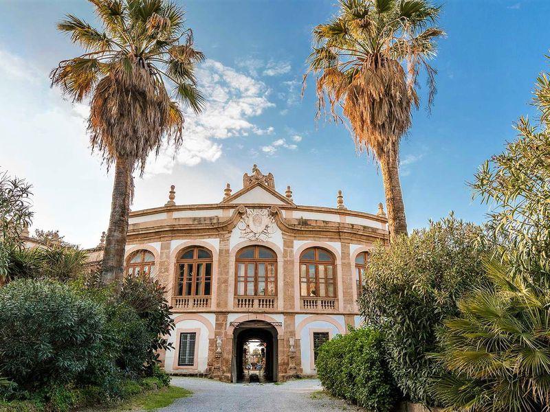 Экскурсия Сицилийские страсти: вилла «монстров» иантикварный музей игрушек