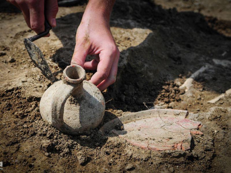 Экскурсия Археологические раскопки в Пскове. Путешествие в глубину веков