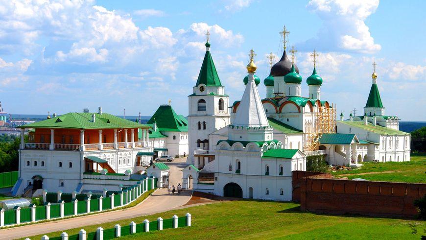 Экскурсия по храмам и монастырям Нижнего Новгорода