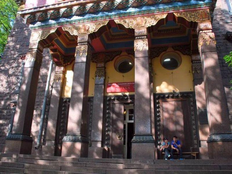 Экскурсия Буддийский «Дацан Гунзэчойнэй» вПетербурге