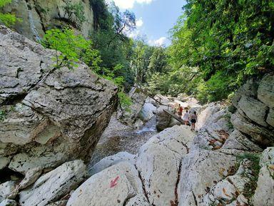 Треккинг по-сочински: каньоны, джунгли ипещера
