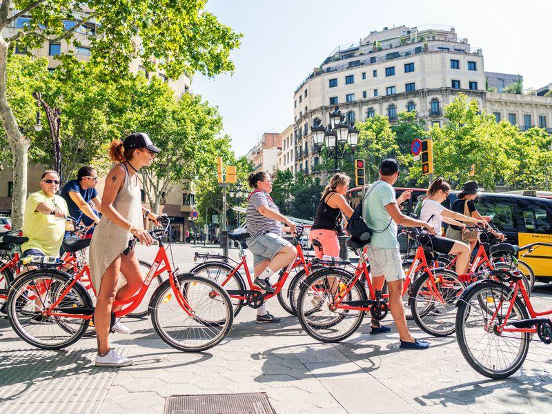 Экскурсия Вело-пешеходный тур: живая Барселона за4часа