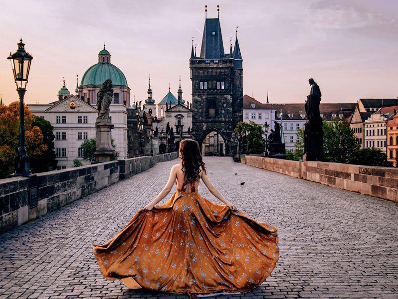 Экскурсия Душевная фотопрогулка поутренней Праге