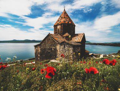Древние святыни Армении и«наше море» Севан