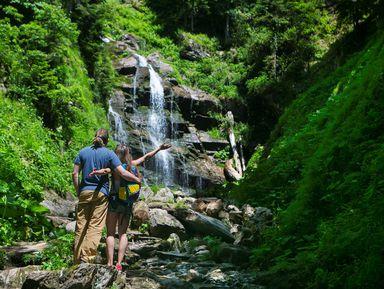 Групповая экскурсия в парк водопадов «Менделиха»