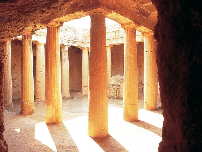 Истории и мифы древнего Пафоса