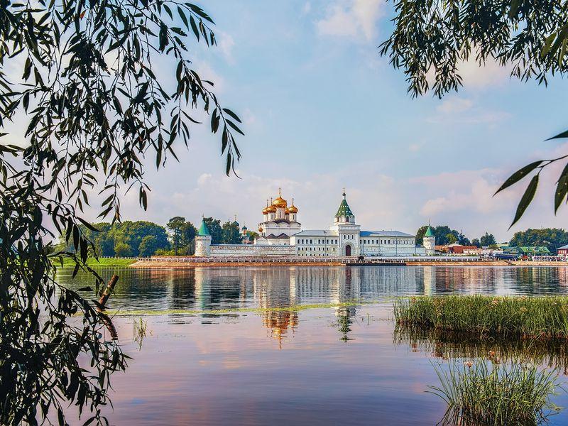 Экскурсия Кострома вдоль и поперек