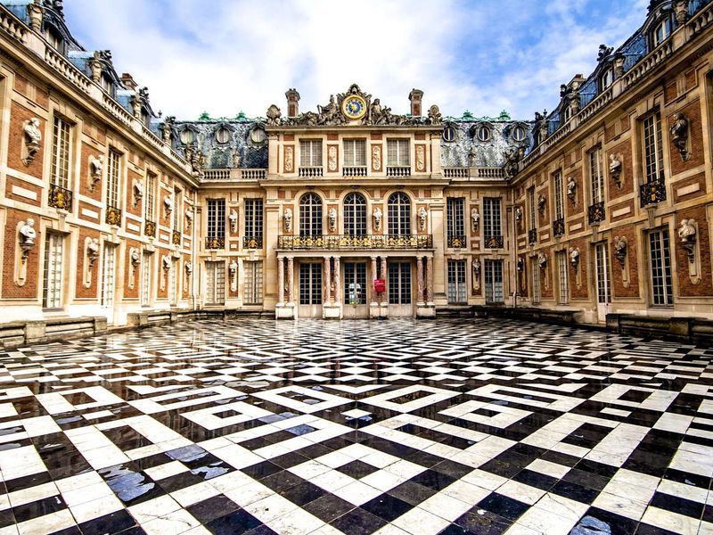 Экскурсия Версаль — от карточного дворца до столицы французского королевства