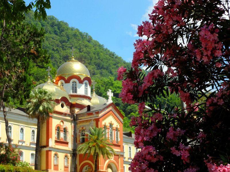Экскурсия Все символы Абхазии из Сочи заодин день