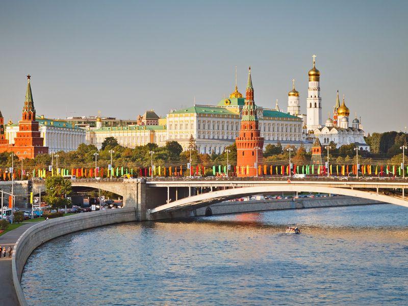 Экскурсия Классическая обзорная экскурсия по Москве на автобусе