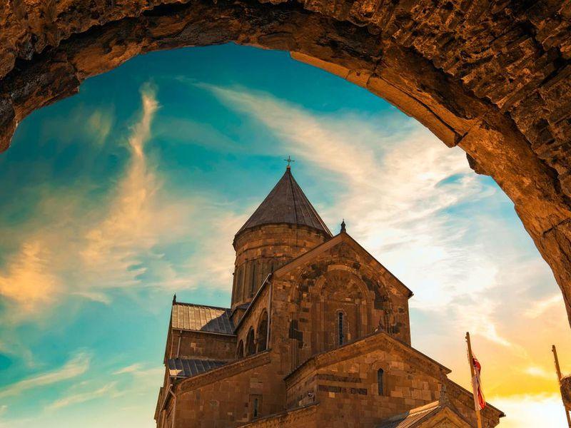 Экскурсия Духовная Мцхета, языческий Уплисцихе и целебный Боржоми