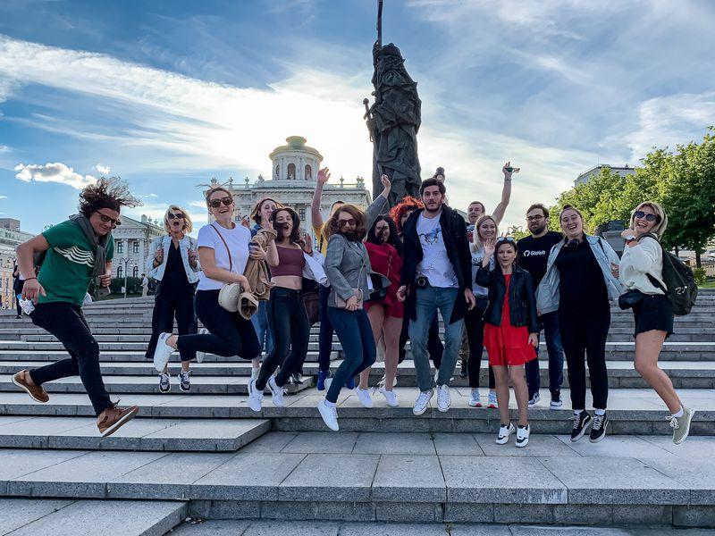 Экскурсия Стендап-экскурсия «Москва нерезиновая»