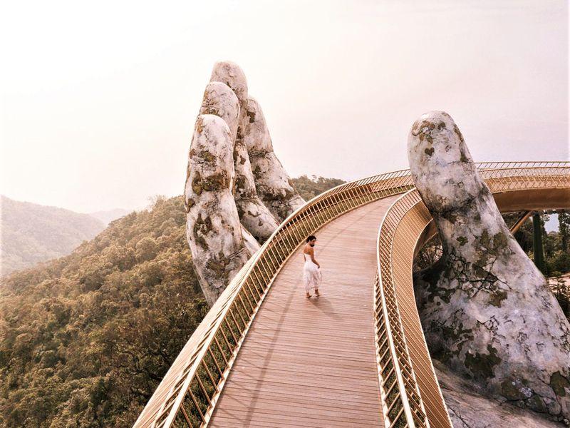 Экскурсия Путешествие в Дананг на 2 дня: мост с руками и другие чудеса