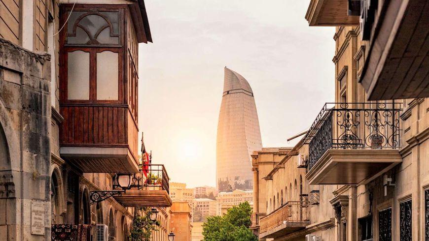 Ежедневная прогулка по Баку