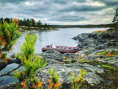 Водная прогулка по Ладожским шхерам на моторной лодке