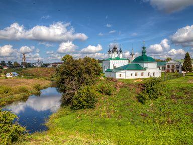Суздаль— душевный город родом изДревней Руси