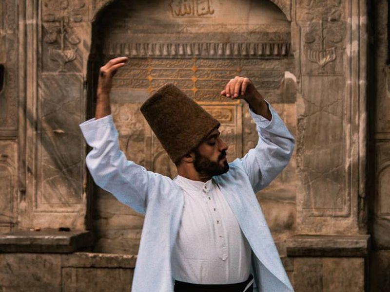Экскурсия Шоу дервишей в зале старинного хамама