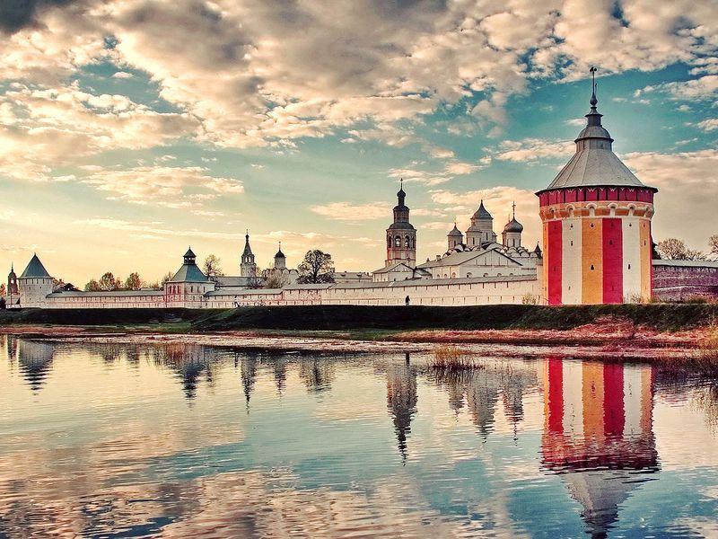 Экскурсия Спасо-Прилуцкий монастырь систориком ибогословом